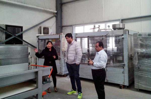customers visited juice making factory